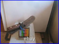 Vintage 6 Curved Blade CHICAGO CUTLERY 96S Hunting Skinning Knife USA